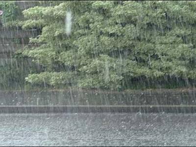 اسلام آباد، بالائی پنجاب اور کشمیر میں اکثر مقامات پر ، خیبرپختونخوا ، فاٹا، زیریں سندھ اور مشرقی بلوچستان میں کہیں کہیں مزید بارش کا امکان
