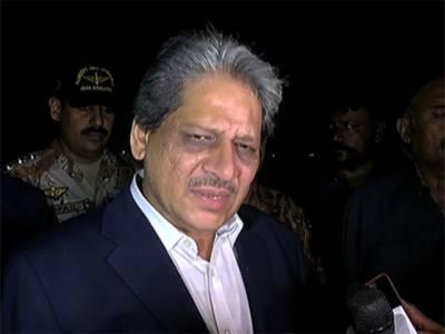 سابق گورنرعشرت العباد دبئی روانہ , عوام کی طرف سے بہت پیار ملا، دعا ہے کراچی میں امن و امان برقرار رہے:عشرت العباد