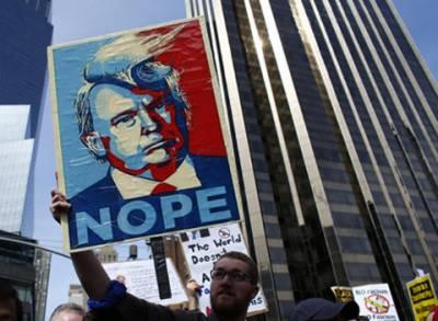 امریکی عوام ڈونلڈ ٹرمپ کی کامیابی کے صدمے سے باہر نہ نکل سکی،تیسرے روز بھی احتجاجی مظاہروں کا سلسلہ جاری رہا