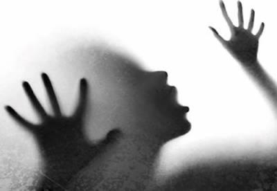 بھارت ، شوہر نے نوبیاہتہ دلہن کو دوستوں کیساتھ ملکر جنسی زیادتی کا نشانہ بنا ڈالا
