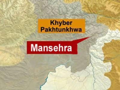 مانسہرہ کے قریب تیز رفتار گاڑی گہری کھائی میں جاگری، چار افراد دنیا فانی سے کوچ کر گئے