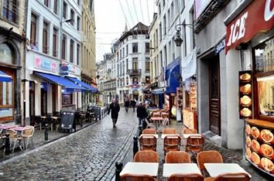 طوفانی ہواو ٔں اور سخت سردی کی لہر کے باعث کئی یورپی شہروں میں روز مرہ زندگی درہم برہم