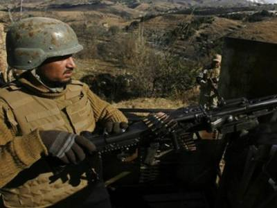مہمند ایجنسی: پاک فوج کی چیک پوسٹوں پر حملہ ناکام ,دس سے زائد دہشتگرد جہنم واصل , پانچ جوان شہید