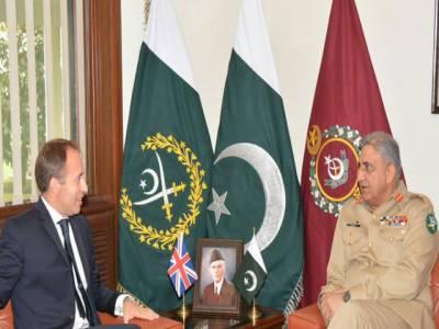 آرمی چیف سے برطانوی ہائی کمشنرکی ملاقات خطے کی سکیورٹی صورتحال پر تبادلہ خیال