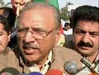 ایم کیو ایم اور پی ایس پی کے درمیان جھگڑہ نہیں قربتیں ہیں، سندھ حکومت کا بس چلے تو چوروں کو بچانے کیلئے نیب کا قانون ہی ختم کردیں :عارف علوی