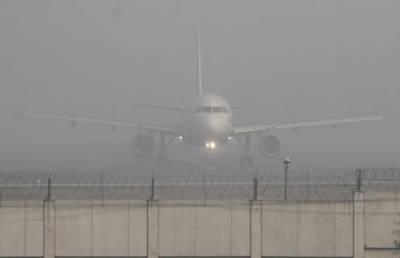 پنجاب بھر میں شدید دھند کے باعث کئی پروازیں متاثر ہوگئیں