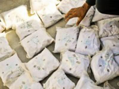 پشاورپولیس نے قبائلی علاقے سے منشیات پنجاب سمگل کرنے کی کوشش ناکام بنا دی