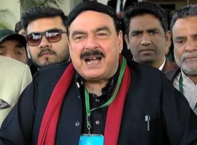 اللہ کے بعد جمائما نے عمران خان کو بچایا ہے، اگر کوئی مذہبی مسئلہ نہ ہو تو عمران خان کو جمائما سے ہی شادی کرنی چاہیے : شیخ رشید