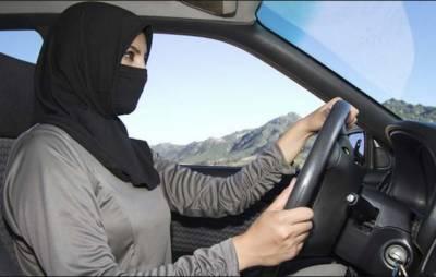 ٹیکسی یا بسوں کے لئے باہر سے خواتین ڈرائیور درآمد کرنے کا کوئی ارادہ نہیں: سعودی اتھارٹی