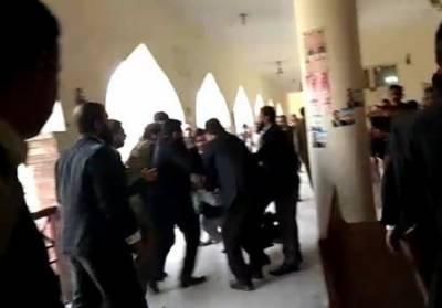 لاہور کے سیشن کورٹ میں فائرنگ، 2 وکیل جاں بحق ،دوسرا زخمی:پولیس زرائع