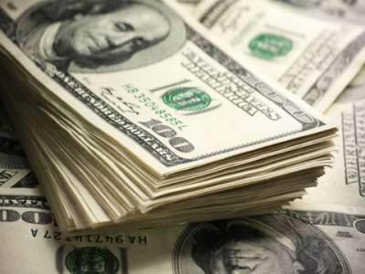 انٹر مارکیٹ:ڈالر 115 روپے 50 پیسے کی بلند ترین سطح پر