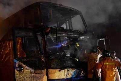تھائی لینڈ :میانمارتارکین وطن کی بس میں آگ لگنے سے 20 افراد ہلاک، 27 زخمی