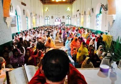 پاکستان سمیت دنیا بھر میں مسیحی برادری آج ایسٹر منارہی ہے