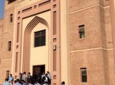 احتساب عدالت اسلام آباد میں ایون فیلڈ ریفرنس کے سلسلے میں گواہ واجد ضیا پر جرح چھٹے روز بھی مکمل نہ ہو سکی
