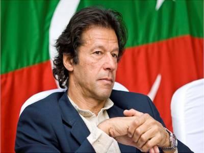 خواجہ آصف نااہلی: حقائق آشکار ہوچکے ہیں، عمران خان