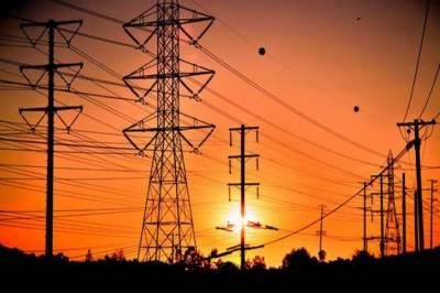ملک بھر میں بجلی کا شارٹ فال 3 ہزار میگا واٹ تک پہنچ گیا ،شہروں اور دیہاتوں میں لوڈشیڈنگ دورانیہ 16 گھنٹے