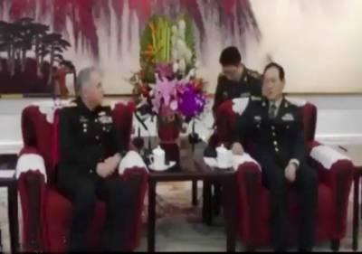 ایڈمرل ظفر محمود عباسی کی چینی وزیر دفاع جنرل وی فینگ سے ملاقات, باہمی دلچسپی کے پیشہ ورانہ امورپر تبادلہ خیال