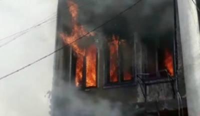 فیصل آباد:پیپلزکالونی کےگھرمیں آگ لگ گئی,5 افراد زخمی
