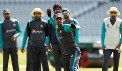 پاکستان نے انگلینڈ کے خلاف لارڈ ٹیسٹ کے لئے بارہ رکنی سکواڈ کا اعلان کردیا