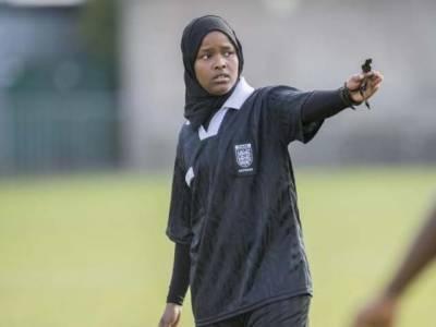 جواہر روبل دنیا کی پہلی مسلمان خاتون فٹبال ریفری بن گئیں