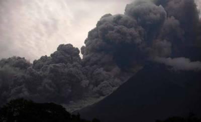 گوئٹے مالا:آتش فشاں پھٹنے سے 6افراد ہلاک، 20زخمی،ہزاروں افراد کی نقل مکانی