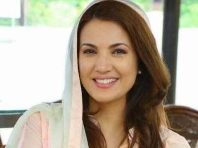 زلفی بخاری، وسیم اکرم، ریحام خان کے سابق شوہر اعجاز رحمان اور انیلہ خواجہ کی جانب سے برطانیہ میں ریحام خان کو قانونی نوٹس بھجوادیا گیا