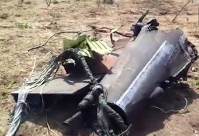 بھارتی ریاست گجرات میں بھارتی ائیر فورس کا جنگی طیارہ گر کر تباہ