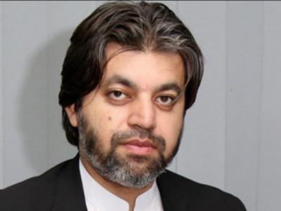 ٹی وی چینلز پرپرجوش انداز میں تحریک انصاف کا دفاع کرنے والے دیرینہ کارکن علی محمد خان بھی ٹکٹ سے محروم