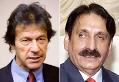 افتخارچوہدری نے این اے 131 سے عمران خان کے کاغذات نامزدگی چیلنج کر دیئے
