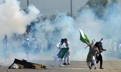 سری نگر: عید کے روز بھی بھارتی بربریت نہ تھم سکی ' قابض افوا ج نے مزید 2 کشمیریوں کو شہید کر ڈالا، درجنوں زخمی