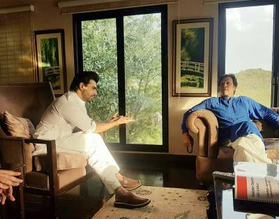 عمران خان اور پی ٹی آئی کے شکرگزار ہیں کہ انتخابی مہم کا آفیشل گانا گانے کے لیے ان پر بھروسہ کیا : فرحان سعید