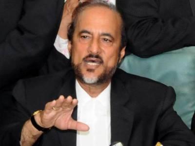 عمران خان کو وزیر اعظم بنوانے کا وعدہ پی ٹی آئی کے کارکنوں کے بغیر مکمل نہیں کرسکتے: بابر اعوان