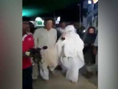 عمران خان کی اہلیہ کے ہمراہ بابا فرید گنج شکر کے مزارپر حاضری