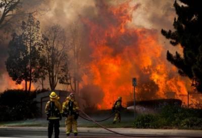 امریکا:سان ڈیگو کے جنگلات میں لگی آگ الپائن تک پھیل گئی,مقامی افراد نقل مکانی پر مجبور