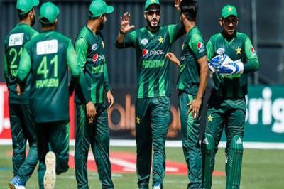 شاہینوں نے کینگروز کو دھول چٹا دی, پاکستان نے آسٹریلیا کو شکست دے کر ٹرائی اینگولرسیریز اپنے نام کر لی