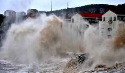 چین:سمندری طوفان ساحلی علاقوں سے ٹکرا گیا