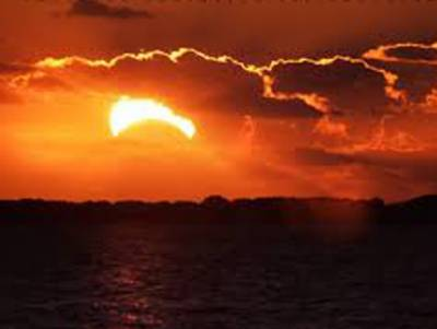 رواں سال2018 کا دوسرا سورج گرہن کل 13 جولائی بروز جمعۃ المبارک کو لگے گا