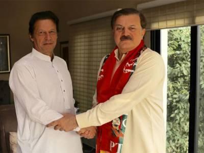 عمران خان کی بڑی سیاسی فتح: سابق وفاقی وزیر ہمایوں اختر نےپی ٹی آئی میں شمولیت کا اعلان کردیا