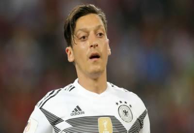 ترک صدر سے ملاقات پر تنقید , جرمن اسٹار فٹبالر اوزل کا ریٹائرمنٹ کا اعلان