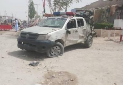 کوئٹہ:مشرقی بائی پاس پر خود کش حملہ,3 پولیس اہلکاروں اور سمیت20 افراد شہید،25زخمی