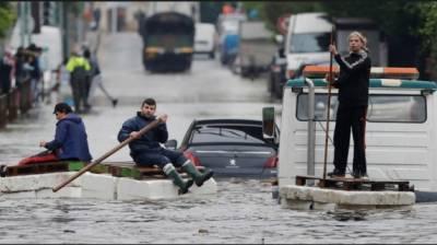 فرانسیسی جزیرے کورسیکا میں سیلاب سے بچے سمیت 4افراد ہلاک