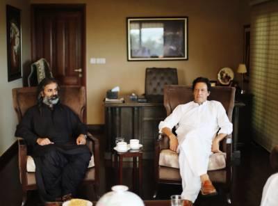 جمہوری وطن پارٹی کے سربراہ شاہ زین بگٹی نے آج بنی گالہ میں چیئرمین تحریک انصاف عمران خان سے ملاقات کی