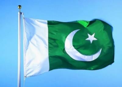 چین کی فضاؤں میں بھی پاکستانی پرچم لہرا دیا گیا