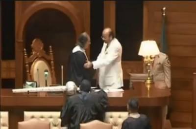 آغا سراج درانی اسپیکر سندھ اسمبلی منتخب،حلف اٹھالیا