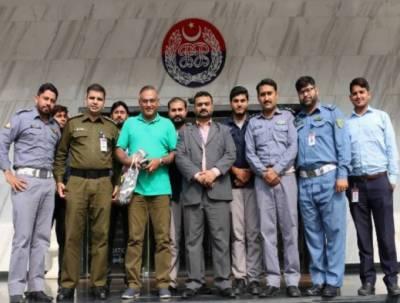 قومی کرکٹ ٹیم کے سابق کپتان عامر سہیل کی پنجاب سیف سٹیز اتھارٹی آمد, سیف سٹی راستہ ایف ایم 88.6 پر لائیو پروگرام میں شرکت کی