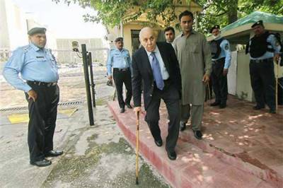 منی لانڈرنگ کیس: انور مجید، عبدالغنی کا 24 اگست تک جسمانی ریمانڈ منظور