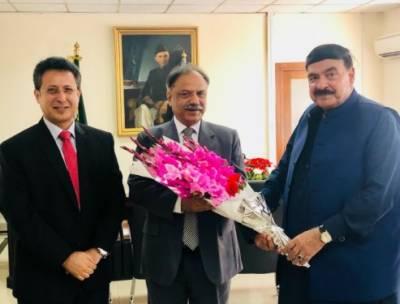 پاکستان ریلوے میں کوئی سیاسی مداخلت برداشت نہیں کی جائے گی: شیخ رشید