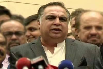 سندھ کے نامزد گورنر عمران اسماعیل آج سندھ کے 33 ویں گورنر کی حیثیت سے حلف اُٹھائیں گے