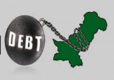 قرضوں کی بھرمار ،مالی سال 2017 اور 2018 میں 22 ارب ڈالر کا بیرونی قرض لیا گیا:وزارت خزانہ