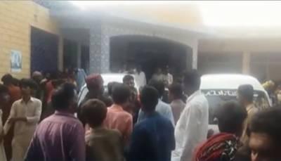 بدین:ٹریکٹرٹرالی میں رکھے جنریٹرمیں دھماکا, 20افراد زخمی